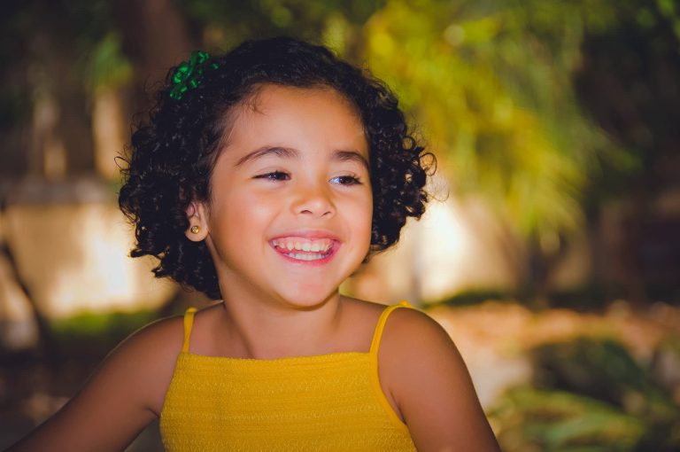 Kinder fotoshoot in studio arnhem peuter en baby fotograaf 04